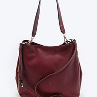 Deena & Ozzy Side Zip Tote Bag in Burgundy - Urban Outfitters