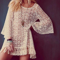 2016 New Spring Women Vintage Hippie Boho Bell Sleeves Gypsy Festival Fringe Shirt Lace Hollow Blouses