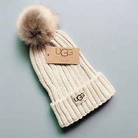 UGG Winter Hot Sale Trending Couple Stylish Warm Knit And Pom Hat Cap Beige