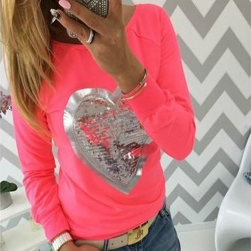 Women Shirt Fashion Long Sleeved Heart-shaped T-shirt [9305638855]