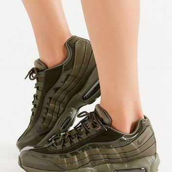 Nike Air Max 95 Sneaker   Urban Outfitters