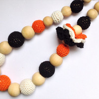 Tiger crochet teething necklace, Nursing necklace, Baby teething toy