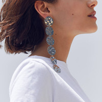 Ari Hammered Disc Drop Earring | Urban Outfitters