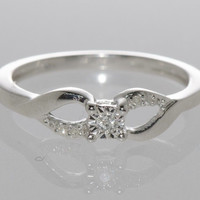 925 Sterling Silver Diamond Solitaire Ring - .05ct, Size 7