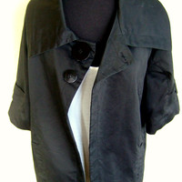 Black Lightweight 1960s Style Swing Jacket / Loose Fitting Dress Coat With 3/4 Sleeves And Top Closure
