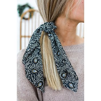 Carry Along Scrunchie Scarf