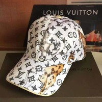 LV Louis Vuitton new fashion more print animal sunscreen couple cap baseball cap White
