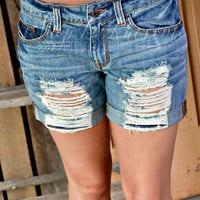 WAITING ON SUNSHINE BOYFRIEND SHORTS