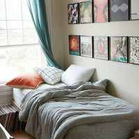 T-Shirt Heathered Jersey Comforter Snooze Set - Urban Outfitters