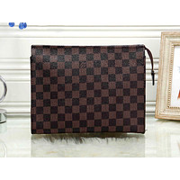 LV tide brand men and women large-capacity cosmetic bag simple fashion ladies storage bag coffee check