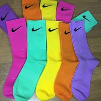 Nike JUST DO IT Women's Embroidered Hook Sports Socks Five-piece Set
