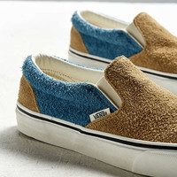 Vans Slip-On Fuzzy Sneaker | Urban Outfitters