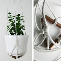 Plant Hanger - Cotton and Copper - holds medium to large plant pot of various sizes and shapes