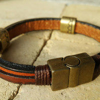 FREE SHIPPING-Mens Leather Bracelet, Woman Leather Jewelry, Brown, Dark Brown Secure Bronze Clasp Leather Bracelet