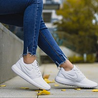 NIKE ROSHE TWO Women White Casual Running Sport Sneakers Shoes