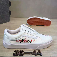 Vans  Casual Roses Embroider Shoes Men And Women Cloth Shoes White G-CSXY