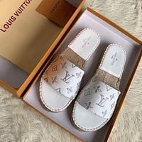 Bunchsun LV 2020 new straw embroidered silk letter fisherman shoes