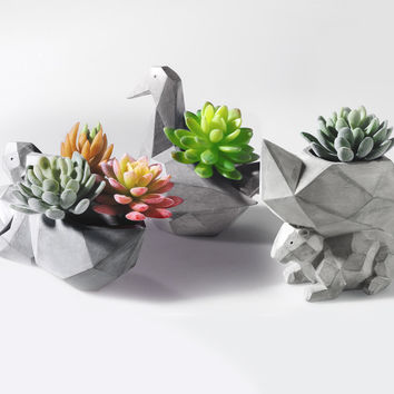 Modern Grey Geometric Planter, Space Art Pelican Squirrel Resin Multifunction Succulent Flower Pots Garden Decoration Display Ornament DIY