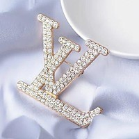 8DESS Louis Vuitton LV Women Fashion Diamonds Brooch Jewelry