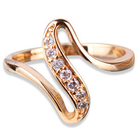 18k Gold Plated White Crystal Noble Ring Engagement Love Women Jewelry Promise