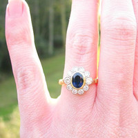 Vintage Sapphire Diamond Daisy Halo Ring, Sparkly Diamonds, Blue Sapphire, 18K Gold, Full English Hallmarks, Lovely Vintage Wood Box