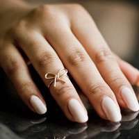Little Bow Knuckle Ring (mid finger ring / midi ring)