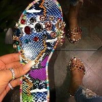 Glitter Slippers Women Sandals Fashion Bling Female Candy Color Flip Flops Beach Diamond Flat Shoes Outdoor Sandals