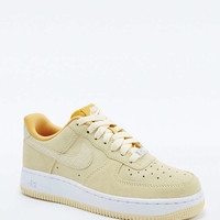 Nike Air Force 1 Yellow Suede Trainers - Urban Outfitters