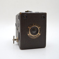 Vintage Warwick No 2 Box Camera, Leatherette Casing, Made in England, 1930s