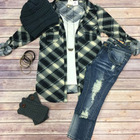 Penny Plaid Flannel Top: Grey/Black