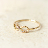 Infinity Ring in gold by laonato on Etsy
