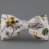 Floral White Bow Tie for Men Boho Bow Tie Woman Bow Tie Gift for Birthday Gift for Girl Girly Bow Tie Nature Lover Gift Mens Bow Tie BowTie