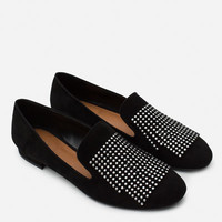 FLAT LEATHER SHOES WITH SMALL STUDS
