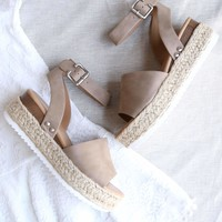 Trendy Sporty Flatfrom Espadrille Sandal with Adjustable Ankle Strap in Dark Natural