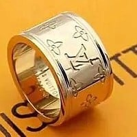 LV Louis vuitton selling an engraved letter ring as a birthday present for fashion lovers
