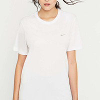 Nike White Swoosh T-shirt - Urban Outfitters