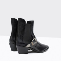 LEATHER ANKLE BOOT WITH HEEL AND BUCKLE New
