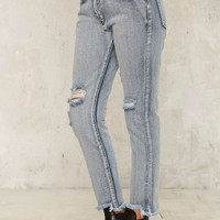 Fray to the Rhythm Cropped Jeans