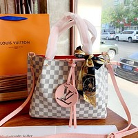 LV LOCKY BB new classic old flower female canvas canvas shoulder diagonal package