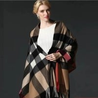 BURBERRY SCARF LARGE PONCHO NEW WITH TAG CASHMERE AUTHENTIC