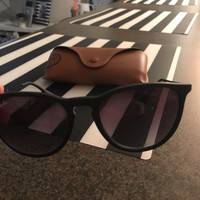 Day-First™ Cheap Rayban Erikas Sunglasses outlet
