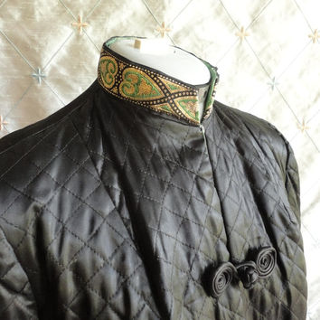 ON SALE 60s Jacket // Vintage 1960s Black Cocktail Jacket with Green and Gold Accents Size M L