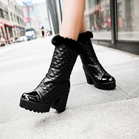 Fashion Women Ankle Boots for Autumn and Winter New Arrival Thick Heel Fur 8980