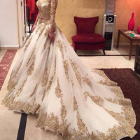 2015 Cinderella New Wedding Dress Arabic Ball Gown Gold Lace Beads Luxury V Neck 3/4 Sleeves Chapel Train Bridal Dress
