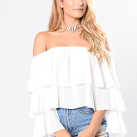 Ain't Going Anywhere Top - White
