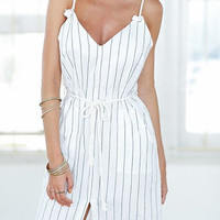 Stripe Pattern Sleeveless Midi Dress with Belt
