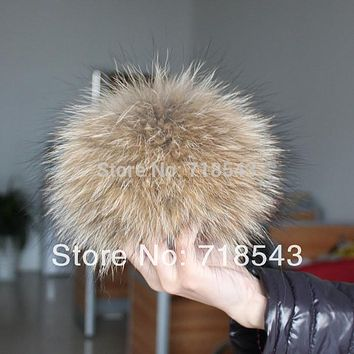 Raccoon fur pom poms 14cm to 15cm key chain real fur hat in winter hats for women&kintted hat & fur cap&children accessories
