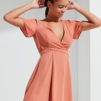 UO Short Sleeve Solid Wrap Dress | Urban Outfitters
