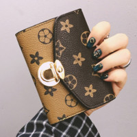 Retro Young Lady Short Wallet Women Doll Print Lock Wallet Mini Purse