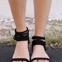 Take A Spin Sandals - Black